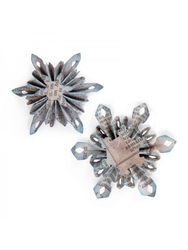 Sizzlits Decorative Strip Die - Mini Snowflake Rosettes (2 Sizes)